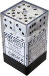 Chessex Dice Set 12xD6 16mm, Opaque White with Black Pips